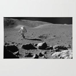 Apollo 17 - Astronaut Running Rug