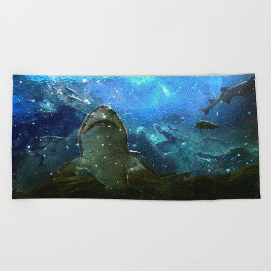 The Great White Marine Lava Lamp Beach Towel