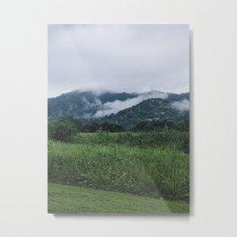 Niebla entre montañas  Metal Print