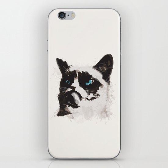 Cat that's Grumpy iPhone & iPod Skin