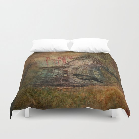 Courting Crow Duvet Cover