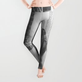 Elephant in the city Leggings