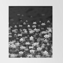 Invaded BLACK Decke