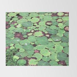 Nymphaeaceae Throw Blanket