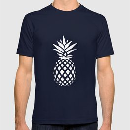 Pineapple pattern on pink 022 T-shirt