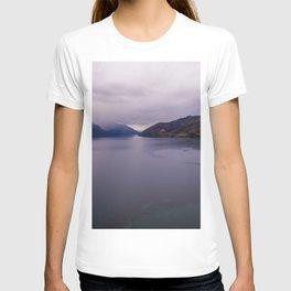Lake Hawea lake wakatipo blue crystal clear panorama T-shirt