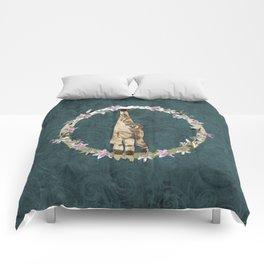 Lar Gibbon Lily Wreath Comforters