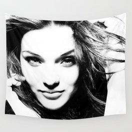 Pretty woman Wall Tapestry