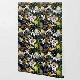 Vintage & Shabby Chic - Lush baroque Iris flower pattern Wallpaper