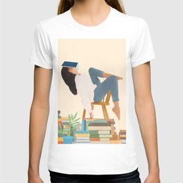 Lost in my books T-shirt