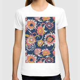 Bold Chinoiserie Floral - Limited Color Palette 2019 T-shirt