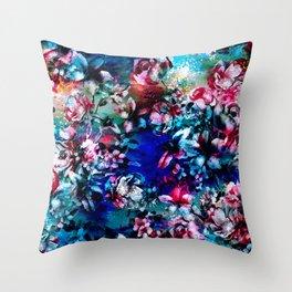 RPE SEAMLESS FLORAL VI Throw Pillow