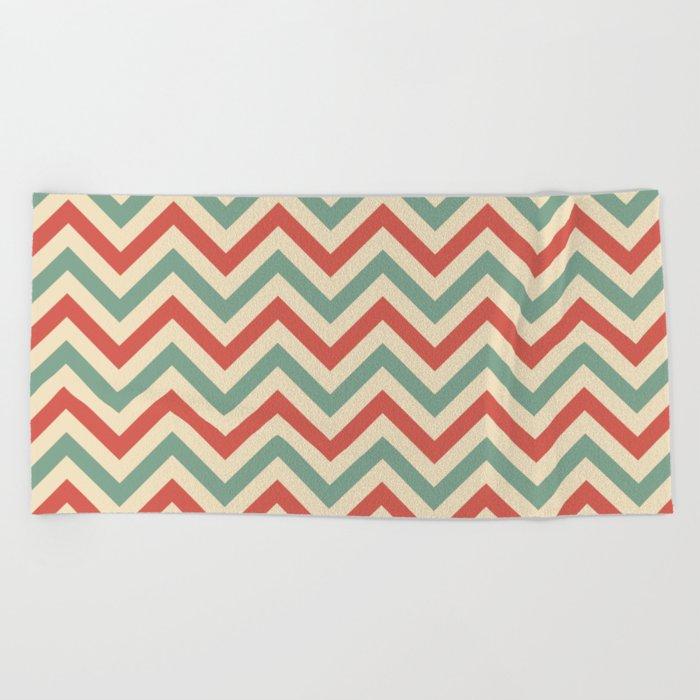 Retro zigzag pattern Beach Towel