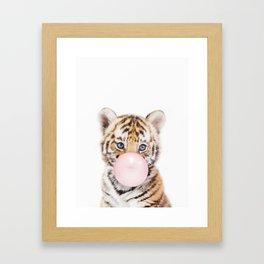 Bubble Gum Tiger Cub Gerahmter Kunstdruck