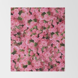 Pink Rose Floral Pattern Throw Blanket