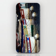 Boats pointu (6972) iPhone & iPod Skin