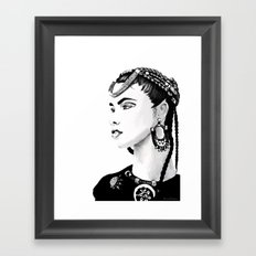 Étnica Framed Art Print