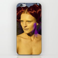 'The sweetest thing is love and next to love the sweetest thing is hate' iPhone Skin