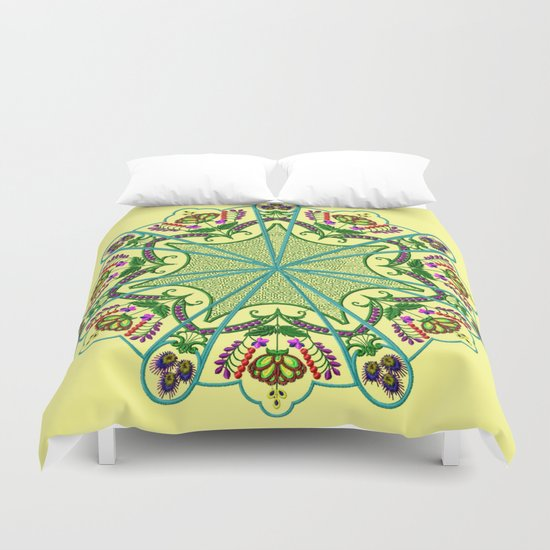 Mandala in florals Duvet Cover