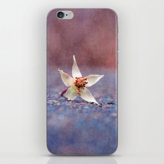 janvier iPhone & iPod Skin