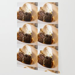 Sticky toffee pudding and ice-cream Wallpaper
