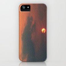 Dragon steals the Sun Slim Case iPhone (5, 5s)
