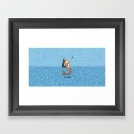 La Selfie Framed Art Print