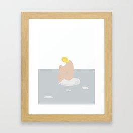 KVINDE PÅ HAVET No.01 Framed Art Print