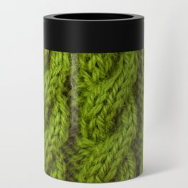 Green cable knitting stitch Can Cooler