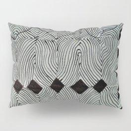 Formation of Diamonds Pillow Sham