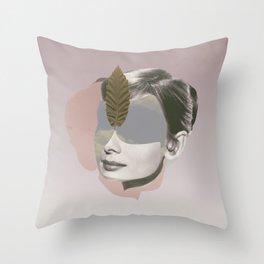 AUDREY HEPBURN - Actr3ss Throw Pillow