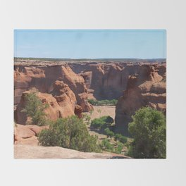 The Beauty of Canyon de Chelly Throw Blanket