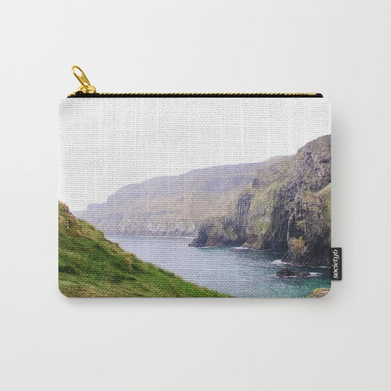 Ireland II Carry-All Pouch