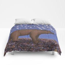 brown bear on a starlit stroll Comforters