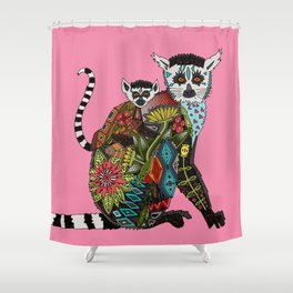 ring tailed lemur love pink Shower Curtain