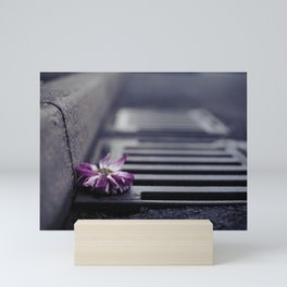 Hold on to your Beauty Mini Art Print