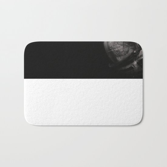 Space catet Staring into space Bath Mat