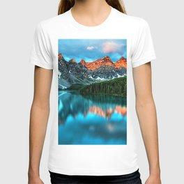 Lake Louise - Alberta, Canada Landscape T-shirt