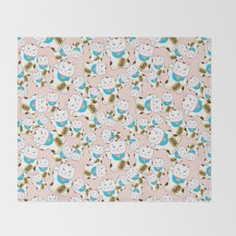 Maneki-neko good luck cat pattern Throw Blanket