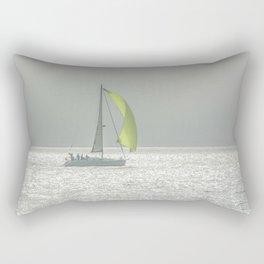 la voile jaune Rectangular Pillow