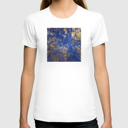 Blue Moon and Rose Gold Faux Marble Pattern T-shirt