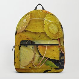 Water droplets on autumn aspen leaves Backpack