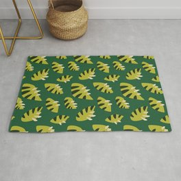 Pretty Clawed Green Leaf Pattern Rug