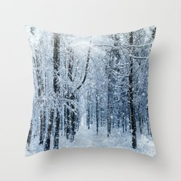 Winter wonderland scenery forest  Throw Pillow
