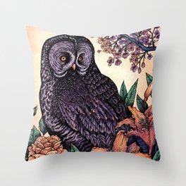 Great Grey Owl At Sunset Throw Pillow