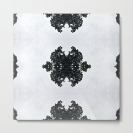 Tiles & Motifs - Nature's Diamond Lace Metal Print