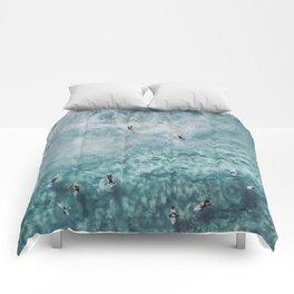 lets surf xx Comforters