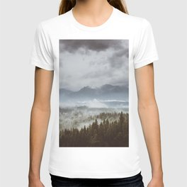 Misty mountains - Landscape and Nature Photography T-shirt