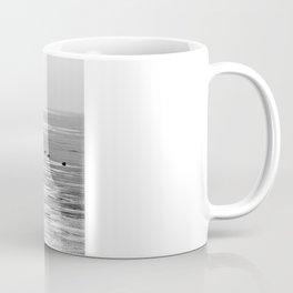 Espera para la primavera Coffee Mug
