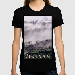 FOGGY FOREST in the VIETNAMESE MOUNTAIN T-shirt